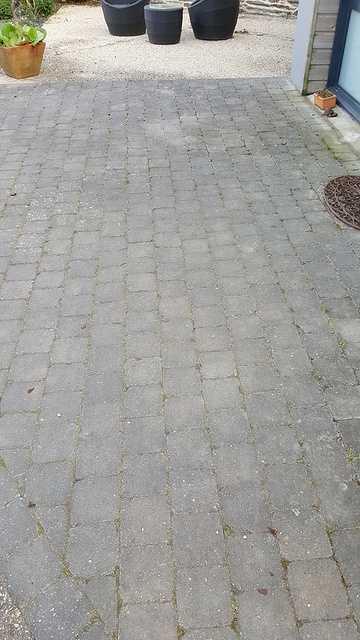 Nettoyage des pavés autobloquants 3
